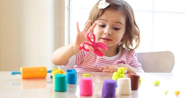 Come preparare in casa il pongo per bambini