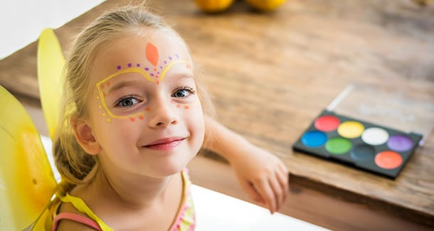 Come creare dei vestiti di Carnevale per bambini fai da te